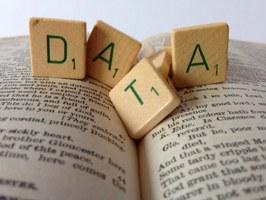 Data - foto di janneke staaks (flic.kr/p/nXubkZ - CC BY-NC 2.0)