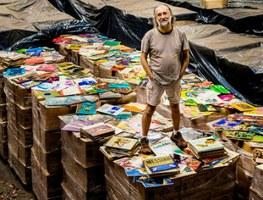 Zero Freitas: l'uomo che vuole comprare e conservare tutti i vinili del mondo